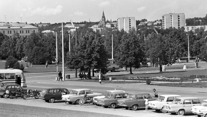 Нарвитяне увидят выставку о духовной атмосфере Тарту 50-летней давности