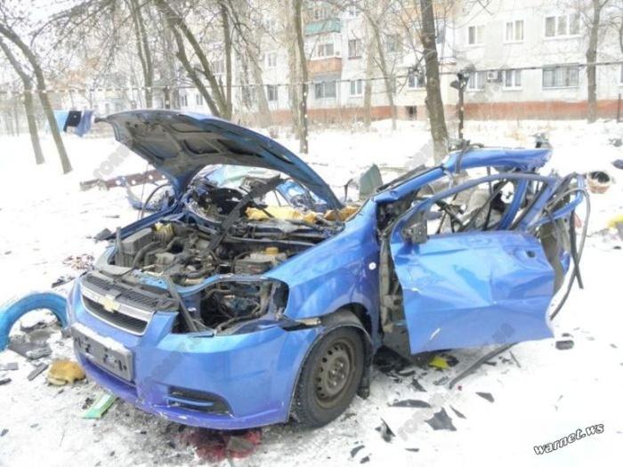 Взрыв баллона с метаном в машине на морозе