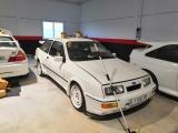 Полицейские нашли 26 угнанных редких спортивных автомобилей на ферме в Испании