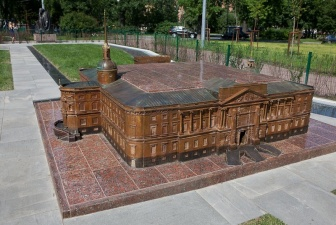 Мини-город: копии архитектурных шедевров Петербурга