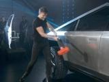 Tesla показала пикап Cybertruck из сплава для ракет и продемонстрировала его прочность