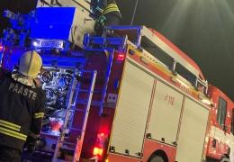 В Кохтла-Ярве из-за поджога сгорели восемь гаражных боксов