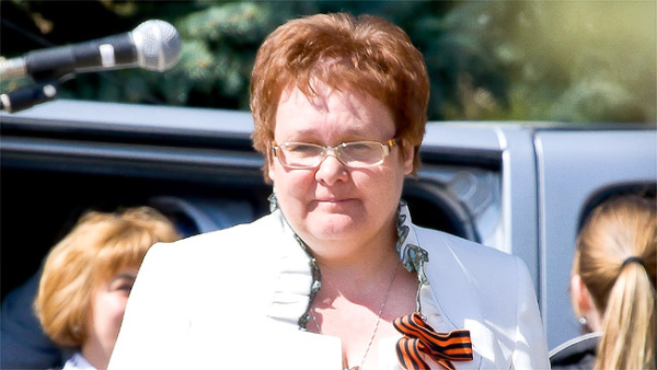 За критику депутату Нарвского горсобрания Ларисе Олениной грозит исключение из Центристской партии