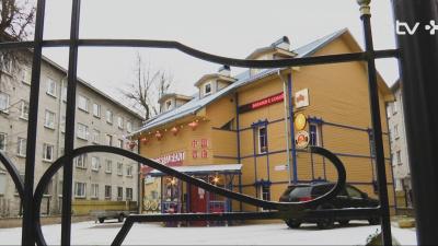 Владелец ресторана в Нарве: если это поможет выжить, встану к посудомоечной машине