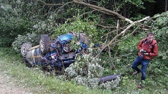 Трагедия в Вильнюсе: во время ралли автомобиль сбил насмерть девушку-зрителя (ФОТО)