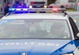 Житель Тарту пожаловался властям на вооруженную нетрезвую компанию