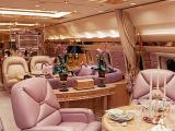 СМИ опубликовали роскошные интерьеры самолета Романа Абрамовича