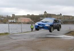 Запланированные на субботу автогонки в Нарве и Вайвара отменены