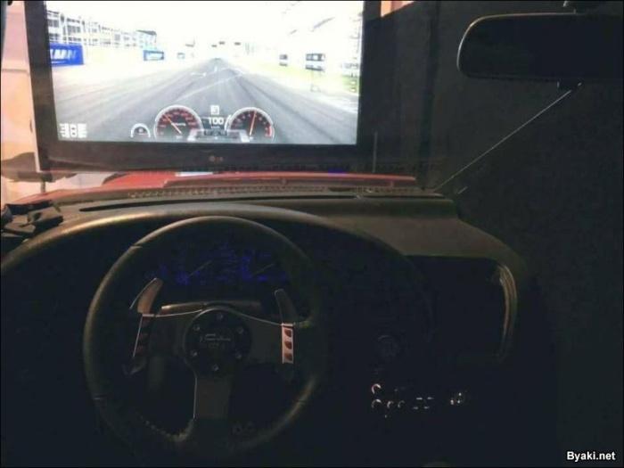 Классный игровой симулятор из Тойоты