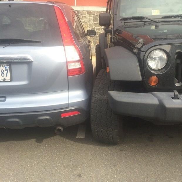 Мастер парковки на внедорожнике