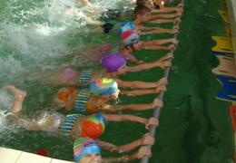 200 метров вместо 25-ти: уроки плавания станут серьёзнее