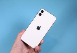 Тысячи iPhone стали пластиковым мусором из-за наличия блокировки