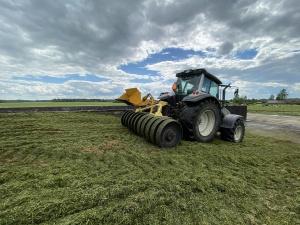 Аграрных хозяйств в Эстонии за 10 лет стало меньше, но производство существенно не сократилось