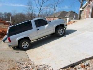 Неудачно гараж построили