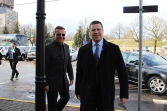 Юри Ратас: я премьер-министр всей Эстонии, а не отдельной партии