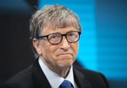 Безос уступил Гейтсу звание самого богатого человека в мире