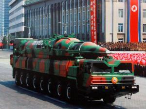 """В КНДР наступило время """"Ч"""": истек срок на эвакуацию дипломатов, все готово к ракетному """"фейерверку"""""""
