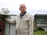 В Боснии 72-летний пенсионер построил для жены вращающийся дом