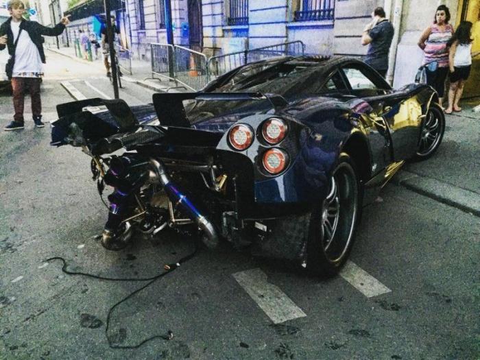 Пьяный водитель врезался в гиперкар Pagani Huayra, выпущенный в единственном экземпляре