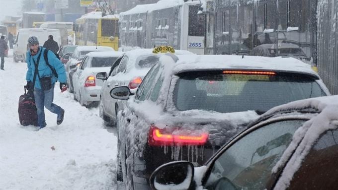 Из-за снега в Киеве объявили ЧС