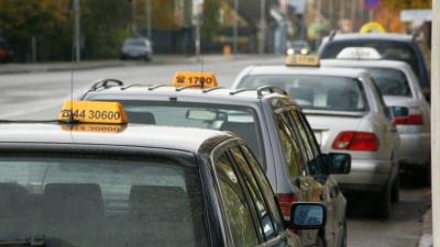 В Нарве хотят побудить таксистов обновить автопарк
