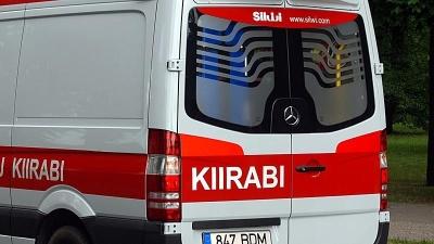 В Нарве 10-летняя девочка попала под машину
