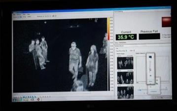 Китаянка с подозрением на коронавирус обманула тепловизор в аэропорту с помощью жаропонижающих