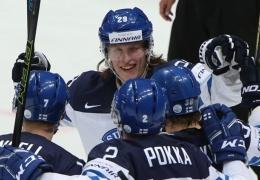 Финляндия победила Россию и вышла в финал чемпионата мира по хоккею