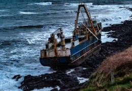 К побережью Ирландии прибило корабль-призрак