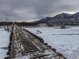 Куандинский мост через реку Витим предназначен лишь для водителей с крепкими нервами и прямыми руками