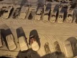 Художник решил поиздеваться над машинами в Шушарах