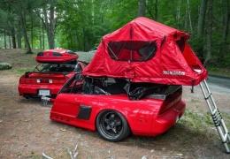 Удивительный Acura NSX с палаткой теперь имеет подходящий трейлер