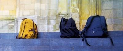 Комиссия Рийгикогу поддержала законопроект, разрешающий проверять вещи учеников