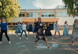 Видео-поздравление от родителей выпускников 12-а класса Пяхклимяэской гимназии