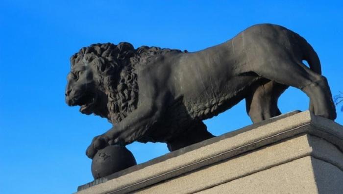Изготовление львов для нарвского променада обойдется в 156 000 евро