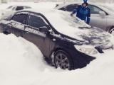Снегопад спровоцировал дорожный коллапс в Омске