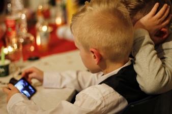 Полиция рассылает родителям предупреждения об опасных приложениях для смартфонов