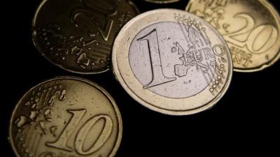 """В Латвии """"минималку"""" повысят всего на 10 евро до 380-ти"""