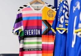 """ФК """"Эвертон"""" представил новую форму, на которую нанесены изображения флагов разных «меньшинств»"""