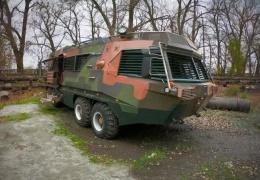 Идеальный автодом для зомби-апокалипсиса на базе БТР