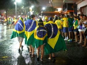 Бразилия в шоке: после поражения от сборной Германии по футболу со счетом 7:1 в стране начались беспорядки