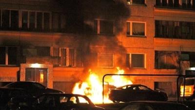 В Нарве ночью сгорел автомобиль