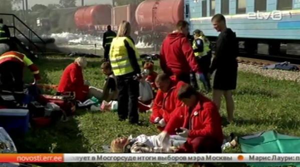 В Нарве прошла инсценировка крушения поезда на городском железнодорожном вокзале