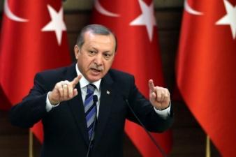 «Если ЕС не выполнит свои обязательства»: Эрдоган пригрозил прекратить исполнение договора по беженцам