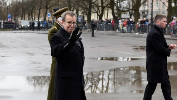 Торжества 24 февраля по случаю годовщины ЭР можно будет впервые увидеть на каналах ERR с комментарием на русском языке