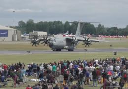 Airbus A400M летает как истребитель