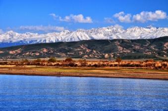 Иссык-Куль — самое большое и красивое озеро Киргизии