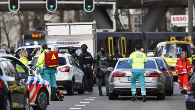 Спецслужбы: в Утрехте стреляли сразу в нескольких районах