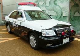 Усталый японец решил угнать полицейскую машину