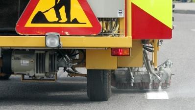 В результате несчастного случая в Нарве погиб дорожный рабочий